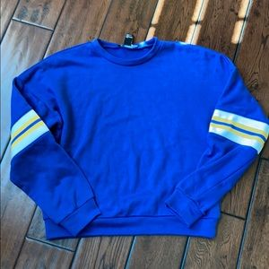 Forever 21 sweatshirt size S